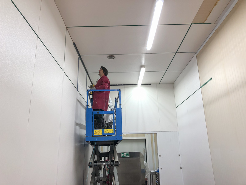 installation hygienic walls and ceilings in fish processing plant